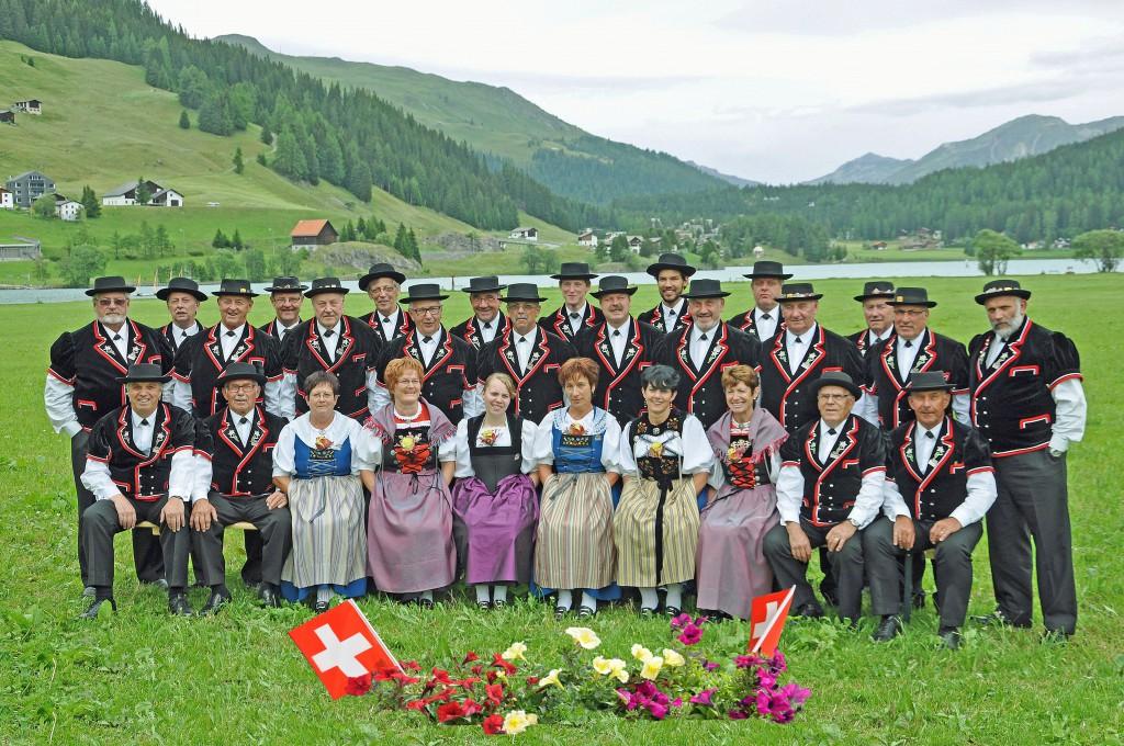 Klubfoto_Davos_mit Blumen
